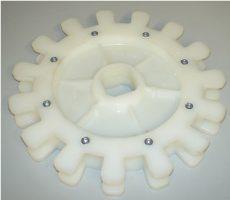 műanyag meghajtó fogaskerék 60/50 láncos behordóhoz, osztásköz 50 mm
